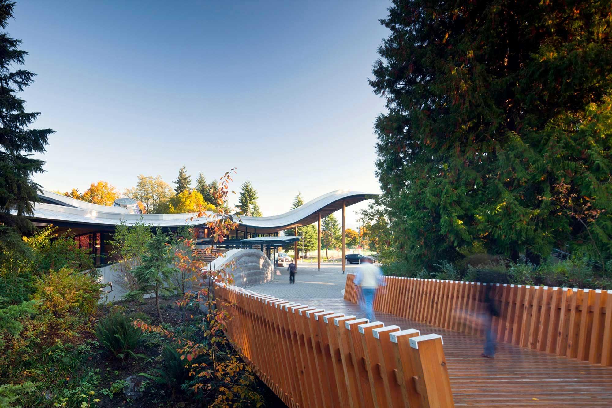 slider-pro-van-dusen-botanical-garden-visitor-centre